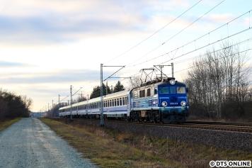 Dort hielten wir auch einen PKP Intercity-Zug fest.