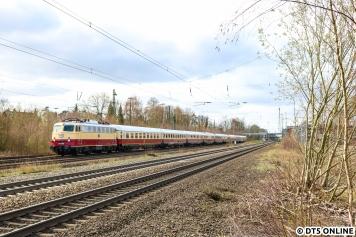 Und wieder Tostedt: Am 31. März kam die E10 1309 mit einem AKE-Sonderzug nach Hamburg.